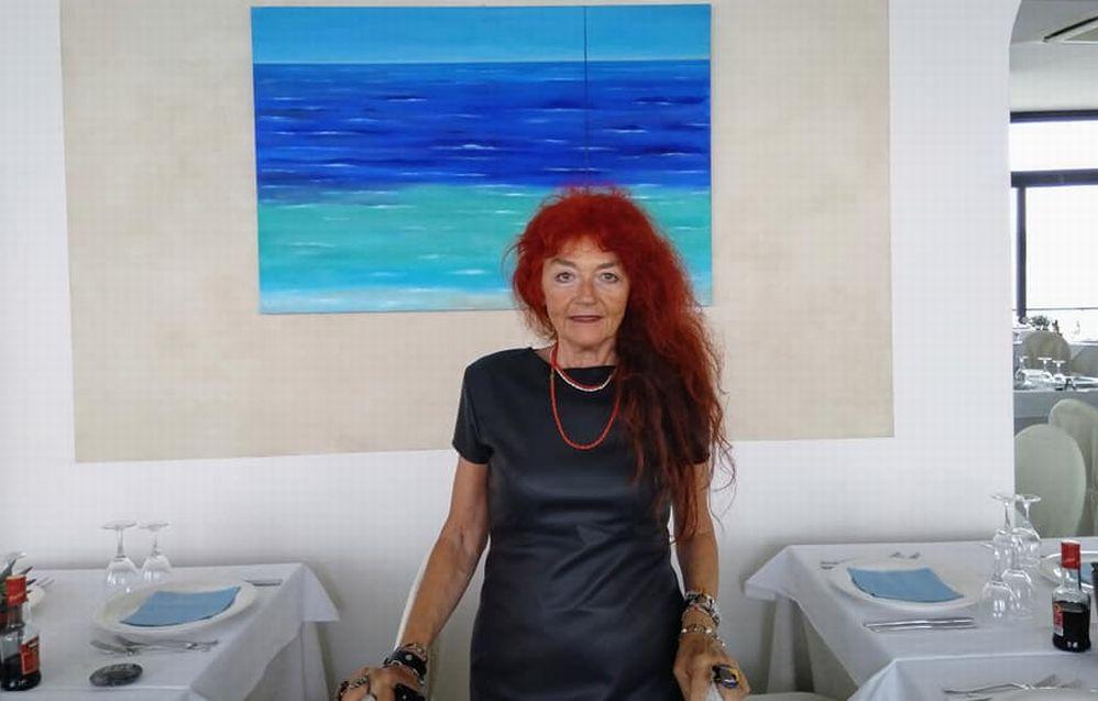 A Diano Marina la mostra di Serenella Sossi all'hotel Arc-en-ciel fino alla fine della stagione estiva