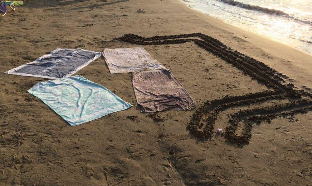 La mancanza di rispetto di chi occupa così le poche spiagge libere di  Diano Marina. Il diavolo però…..