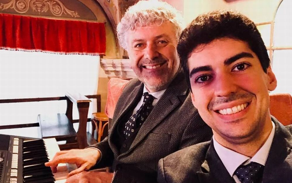 Sabato a Tortona un concerto per beneficenza con Emanuele Semino ed Enzo Consogno