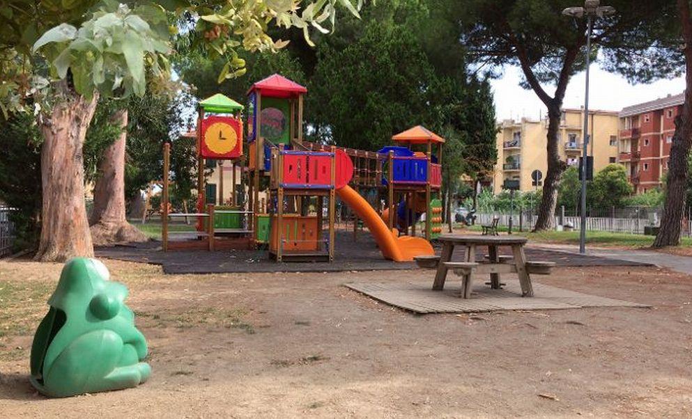 A Diano Marina, aperto finalmente il parco giochi di via Campodonico. Meglio tardi che mai