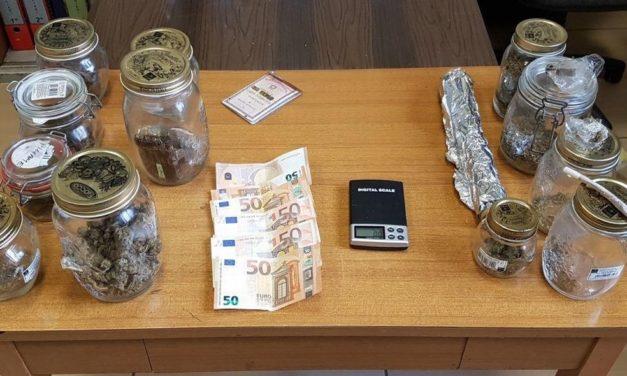 Un tortonese usava la falegnameria come spaccio per la droga, arrestato con mezzo Kg di hashish e marijuana