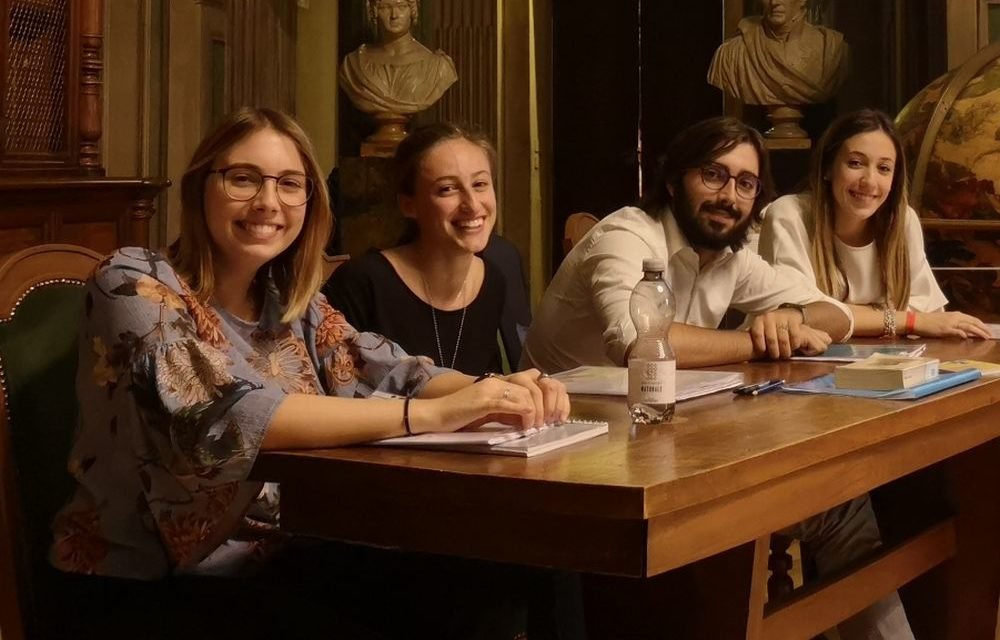 Questi 4 intelligenti giovani tortonesi discutono di cultura classica e vanno in semifinale regionale!