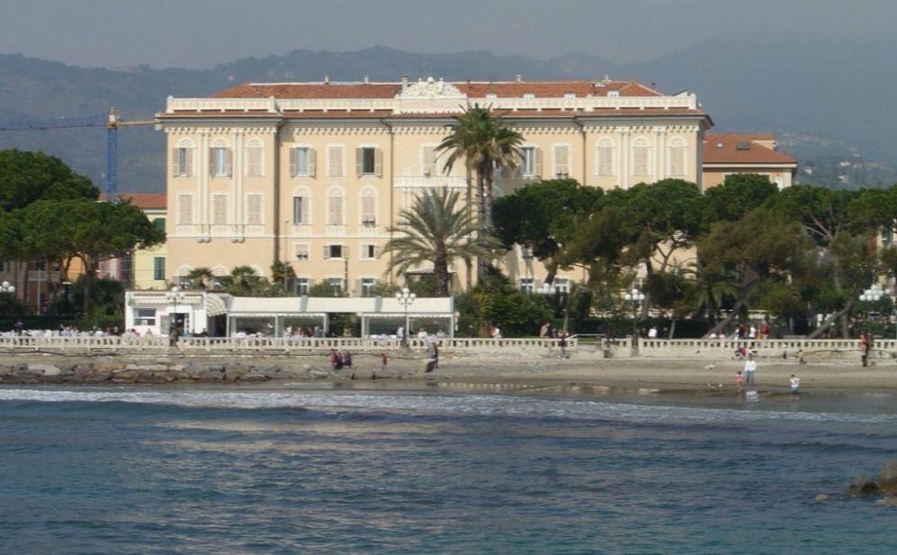 Il Comune di Diano Marina vende un'area verde vicino all'Hotel Paradiso