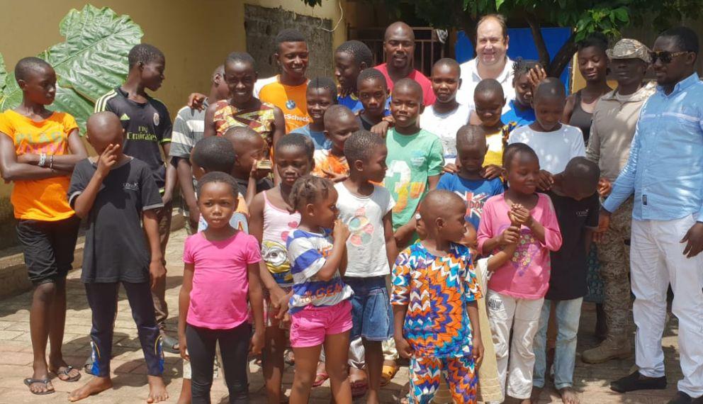 Venerdì 30 a Ceriana, cena di beneficenza con Menu Toscano per sostenere la scolarizzazione dei bambini dell'orfanotrofio di Conakry