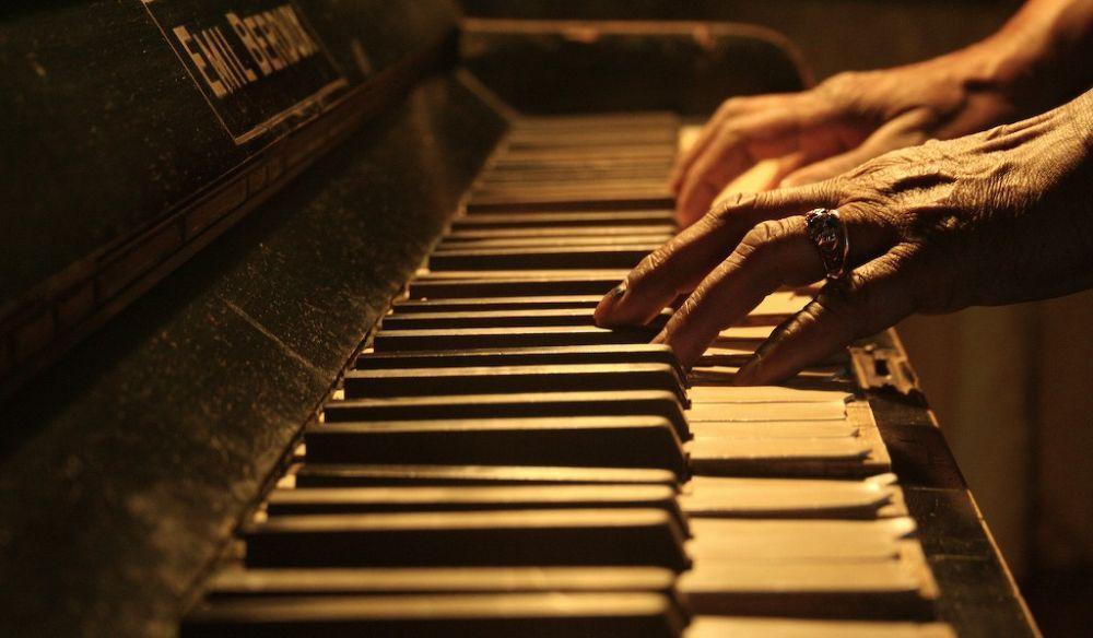 E' morta la tortonese Graziella Sbarrato Marchese, professoressa di musica molto amata. Insegnò a tanti solisti