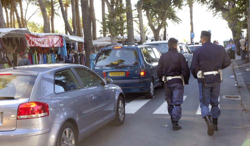 Sanremo. La Polizia di Stato interviene per tre stranieri molesti.