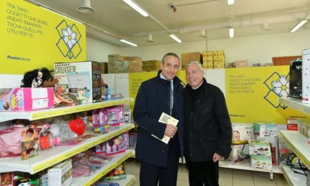 Per Natale Poste italiane con Caritas dona i pacchi abbandonati ai bisognosi