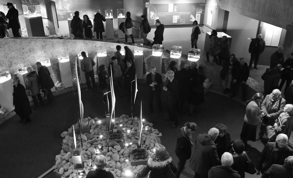 Domenica una visita guidata alla mostra di Spalla a Valenza