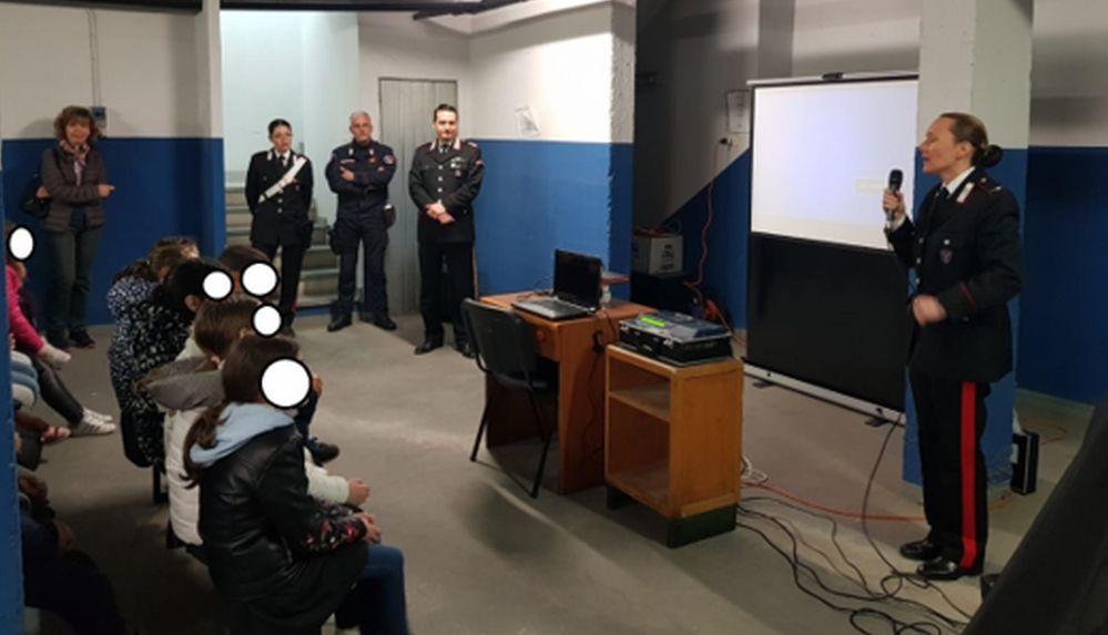 Porte aperte della Caserma di Arquata Scrivia: i bambini incontrano i Carabinieri.