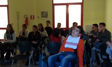 """Gli studenti del """"Marconi"""" in visita al Piccolo Cottolengo di Tortona"""