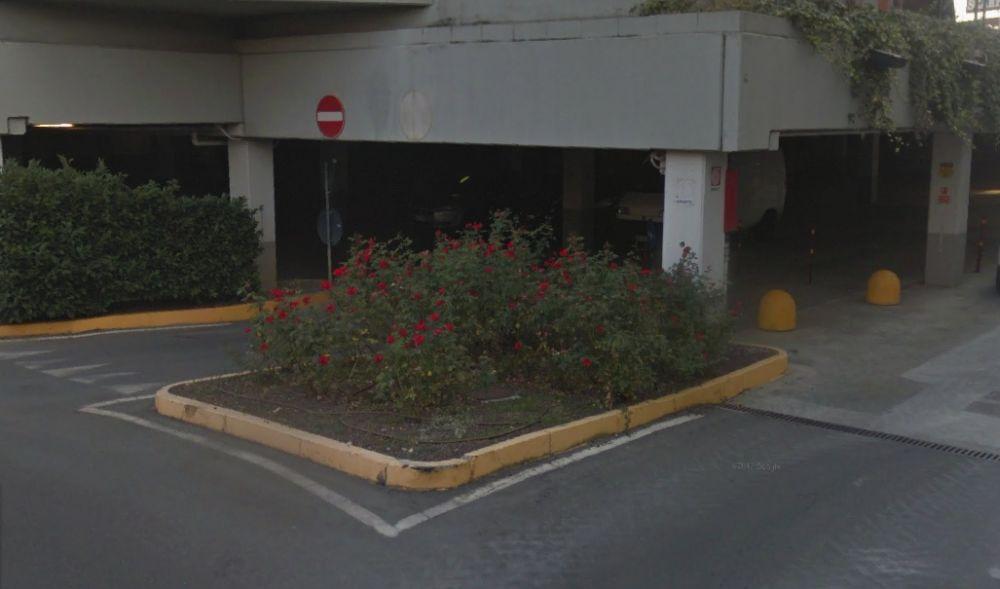 Giovane 20enne vendeva  droga a due minorenni nel parcheggio del Centro commerciale di Tortona, arrestato