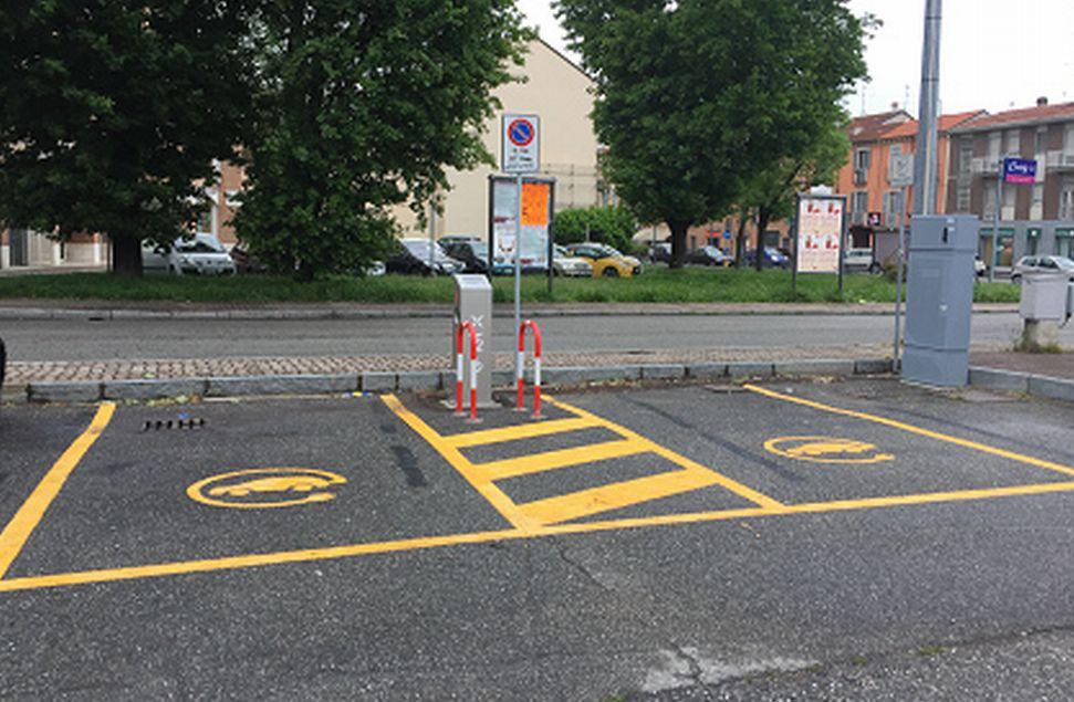 Installate a Casale Monferrato lecolonnine di ricarica dei veicoli elettrici