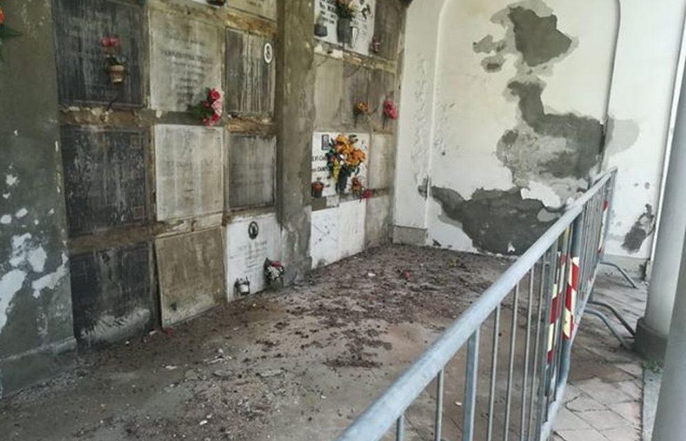 """Lo stato di degrado del cimitero di Tortona documentato da una giovane lettrice: """"Mi vergogno"""""""