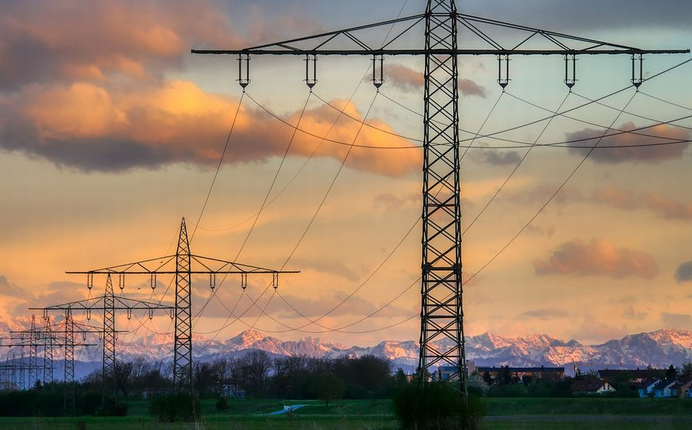 Uno studio sulle tasse dell'energia elettrica in Europa: Italia al sesto posto