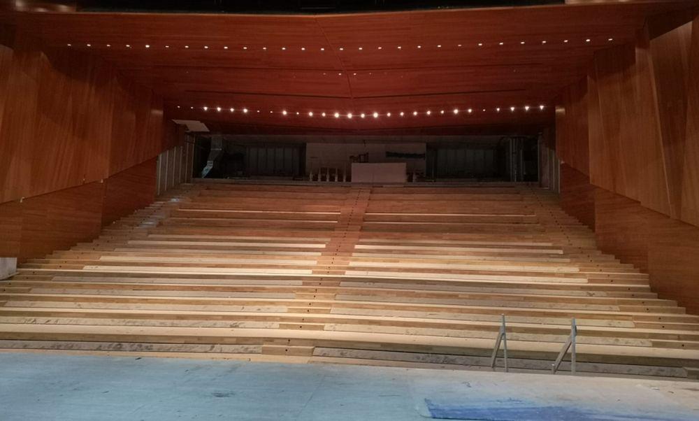 Presto in funzione a Tortona il nuovo teatro Dellepiane. In esclusiva le immagini di palco e platea ristrutturati