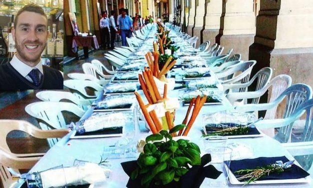 Ancora pochi posti disponibili per la cena del Bardoneschi sotto i portici di Tortona. Prenotatevi per  tempo