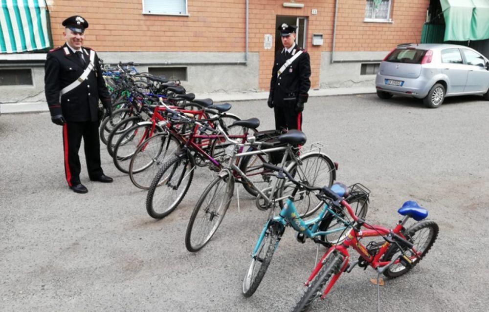 Vendeva su internet queste biciclette rubate a Ovada e dintorni, denunciato per ricettazione