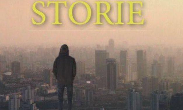 """Giovedì a Voghera negozi aperti, festa e omaggio di tre racconti del libro """"Storie"""""""