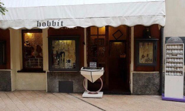 Lo Hobbit di Diano Marina, chiude dopo quasi 40 anni di onorata attività … e non per la crisi!