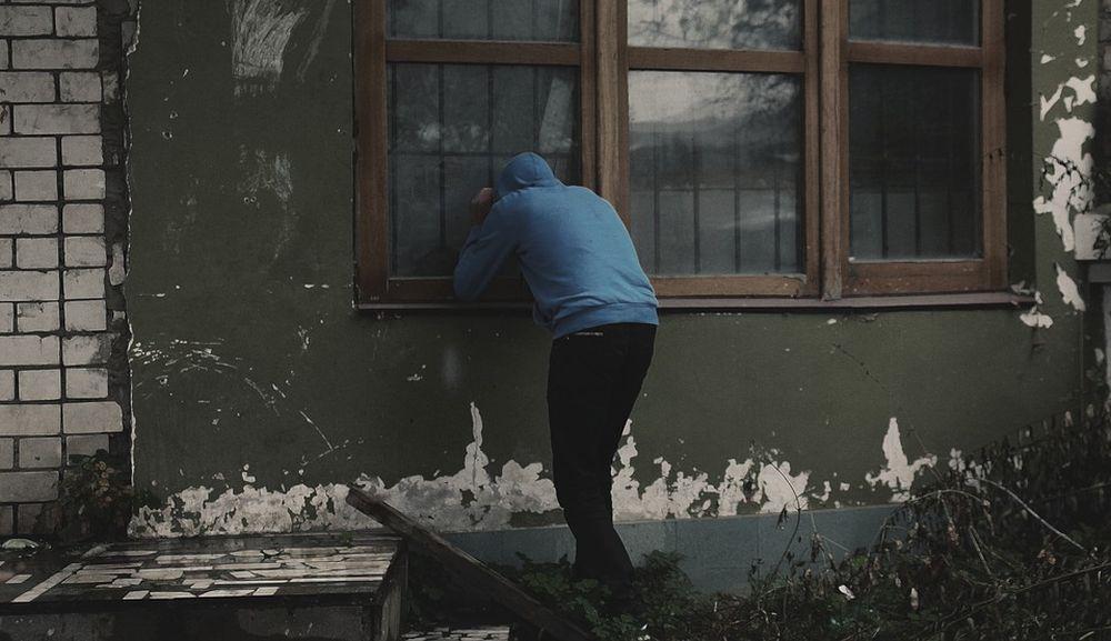 Cruenta rapina con aggressione in casa nella notte, ma i Carabinieri di Tortona li prendono