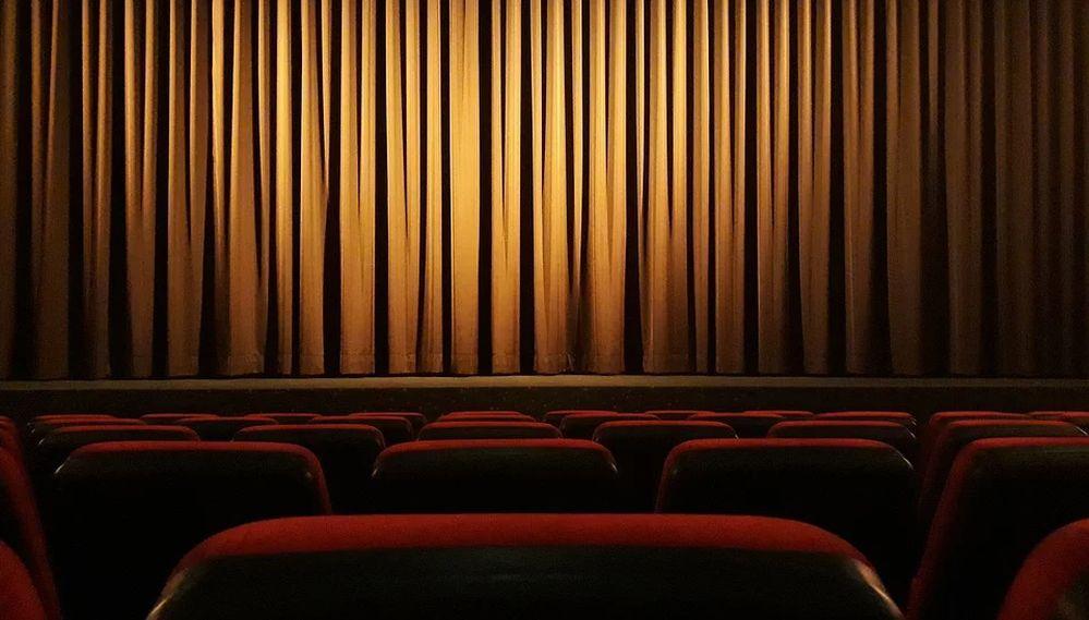 Piemonte dsl Vivo organizza una serie di spettacoli Teatrali Live, partecipate