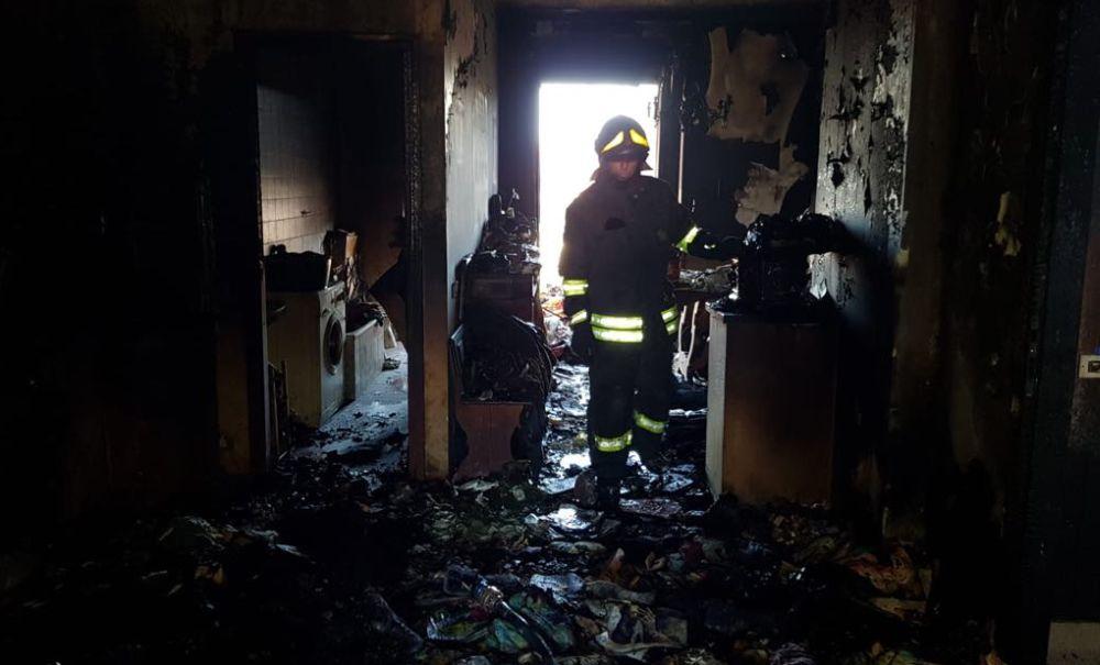 A Pontecurone esplode una casa per una fuga di gas, grave un uomo rimasto ustionato