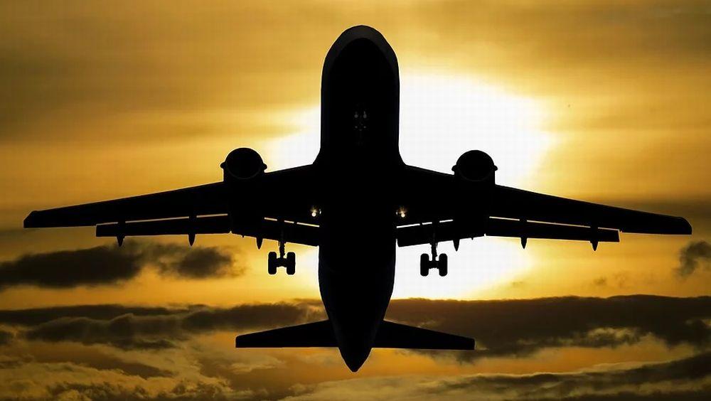 Crisi del trasporto aereo, a gennaio nuovo crollo dei passeggeri