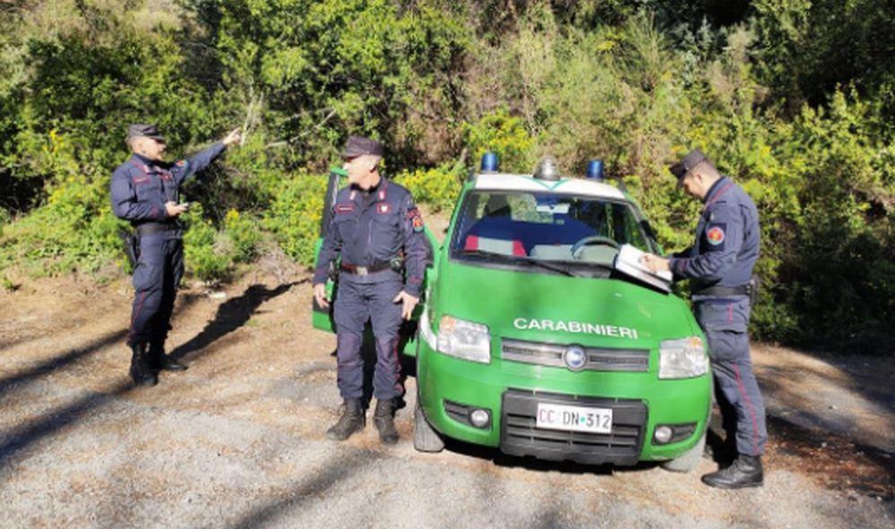 Abbandona rifiuti alla periferia di Cassano Spinola ma tra questi ci sono anche i suoi dati e viene multato di 600 euro