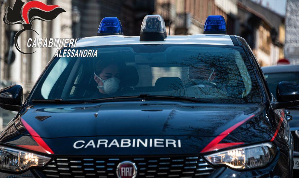 Solero, uno straniero sopreso dai Carabinieri con una tanica di gasolio rubato