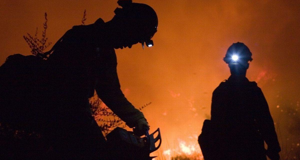 Giallo a Monleale per un incendio nella notte spento dai pompieri dopo circa 4 ore
