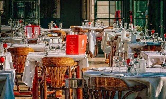 Liguria in zona arancione, stop a ristorante per tre settimane: il conto sarà salato