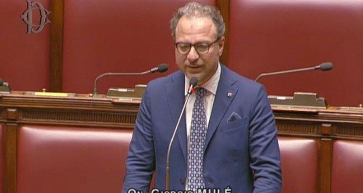 Il Sottosegretario Mulè visita l'Istituto Internazionale di Diritto Umanitario a Sanremo