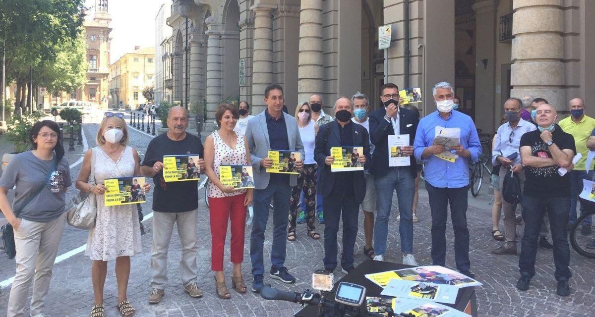 """Ad Alessandria spostatevi in bicicletta!! Lanciata la campagna """"Spesa quotidiana? Prima la bici!"""""""