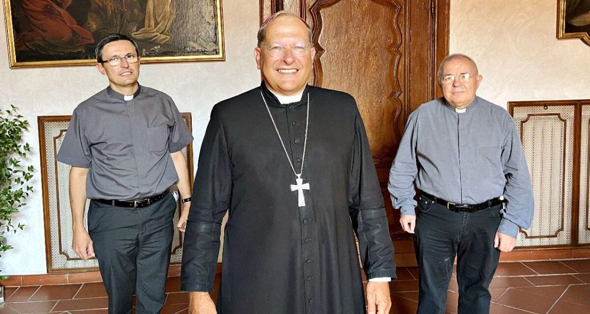 Alessandria, cambia il vicario generale: da don Vittorio a don Gianni. E un nuovo parroco per Castellazzo
