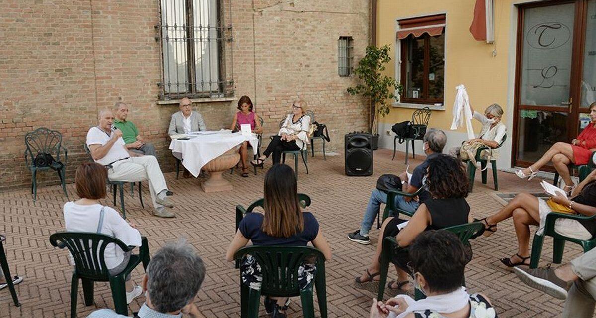 E' stato bello l'incontro dei poeti a Villa Liberty a Pontecurone