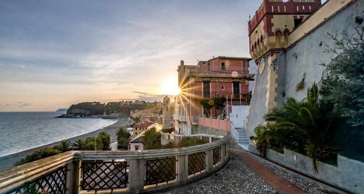 Viaggiareoggi: Celle Ligure in Autunno è uno splendore! Di Viviana Ferentilli. Foto di Fiorenzo Rosa