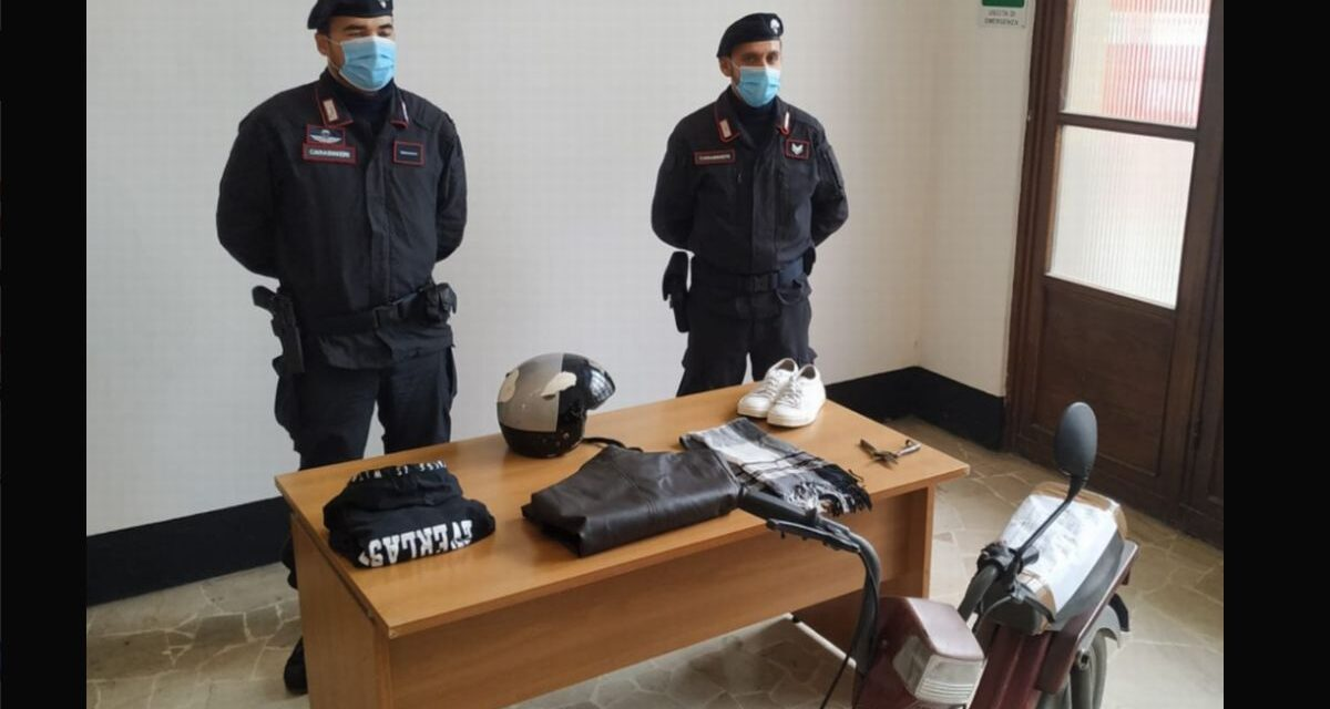 Pensionata scippata in centro a Tortona, i Carabinieri  trovano il ladro grazie alle telecamere malgrado avesse il casco