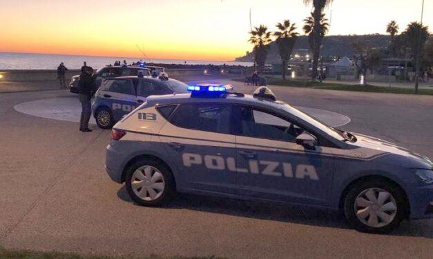 Sanremo, tengono stupefacente a fini di spaccio: la Polizia arresta alcuni giovani sanremesi
