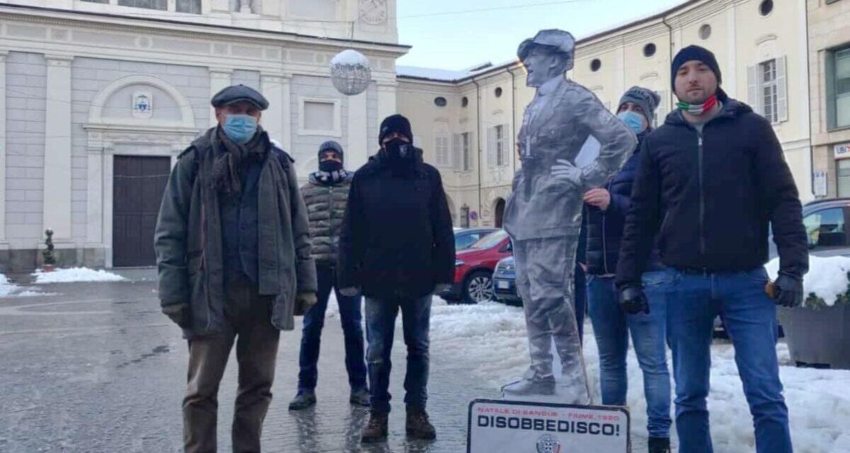 A Tortona e in decine di piazze italiane spunta D'Annunzio con CasaPound che ricorda il Natale di sangue