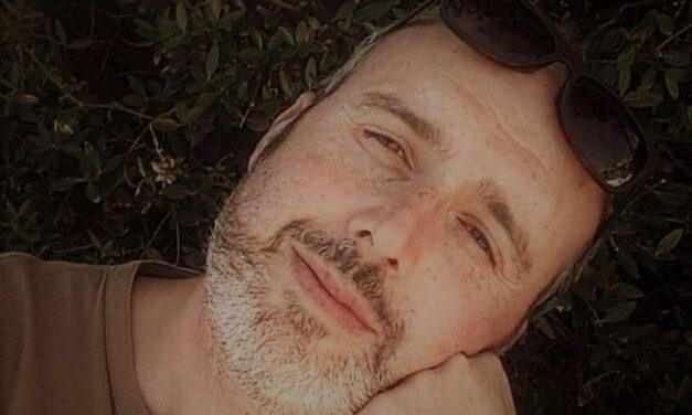 """Oggi Musica: il tenore Cris La Torre investe sui giovani cantautori con il Premio """"Fidati dei tuoi sogni"""""""