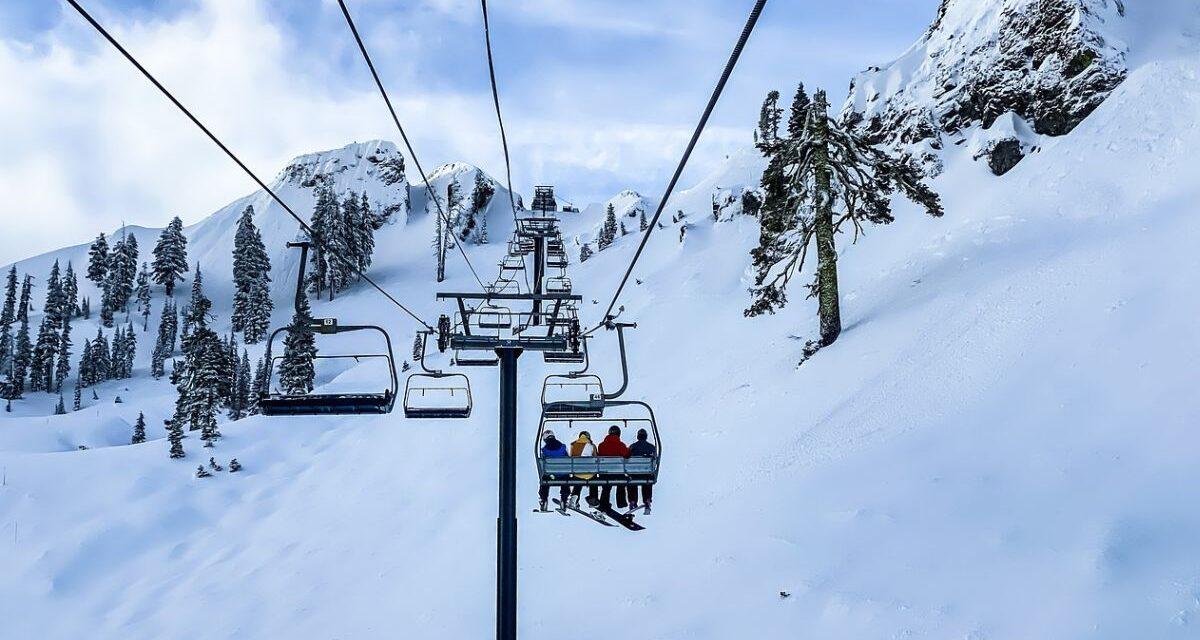 Piste da sci, verso l'apertura degli impianti il 15 febbraio