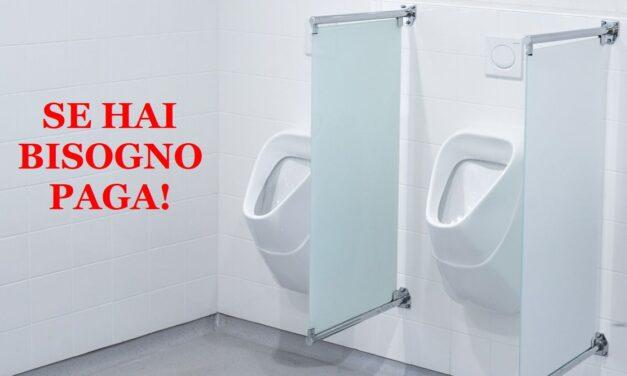 Un italiano non vuole pagare i servizi igienici, si spoglia e urina sul pavimento, sorpreso dalla Polfer di Alessandria