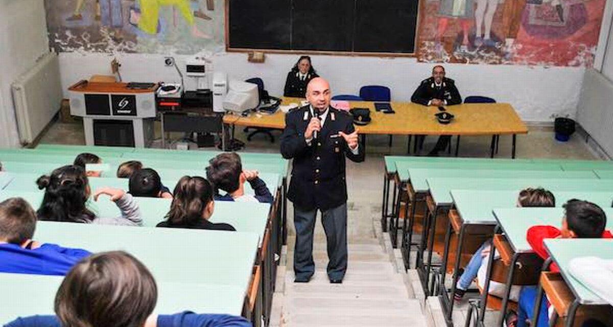 Al Marconi di Tortona lezioni formative con la Polizia postale contro Cyberbullismo per promuovere un uso consapevole della rete