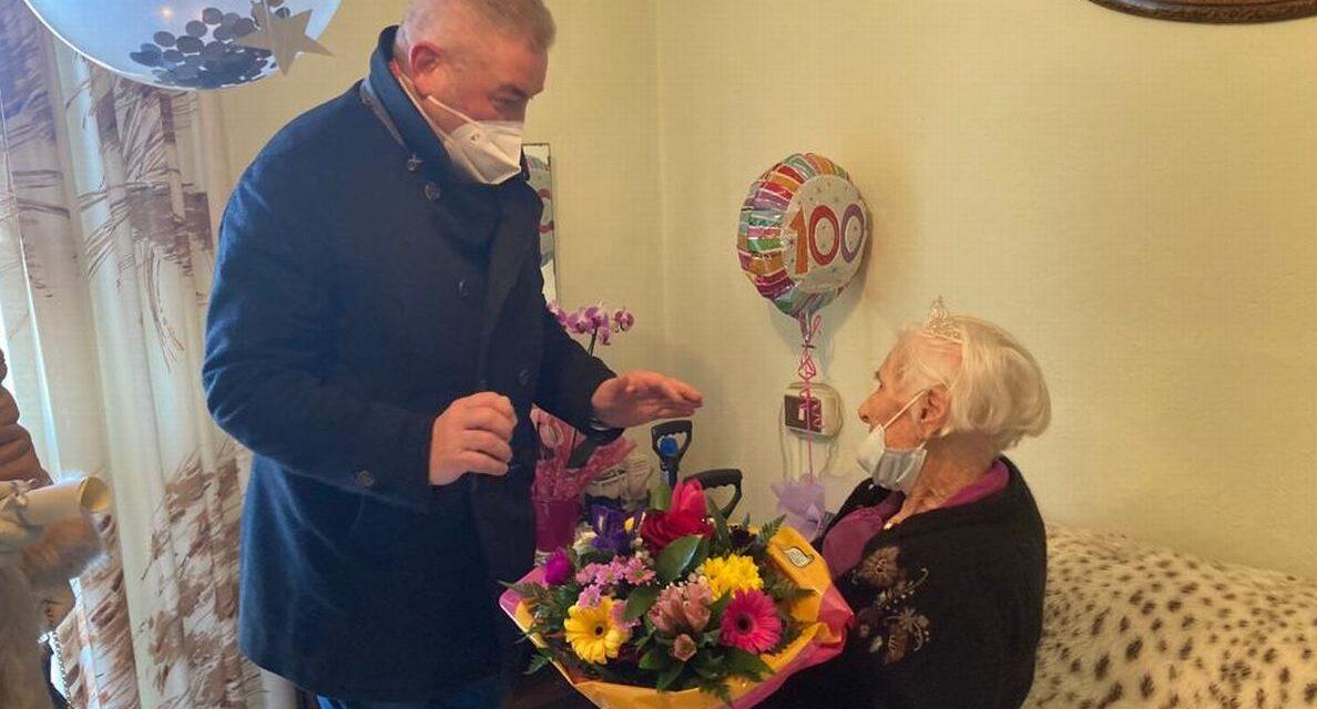 Festeggiata una centenaria dal Sindaco a Montevalenza
