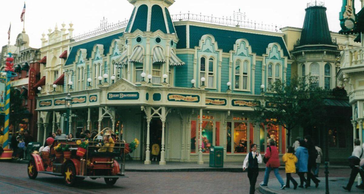 Disneyland Paris, campagna visual in 110 agenzie di viaggi italiane