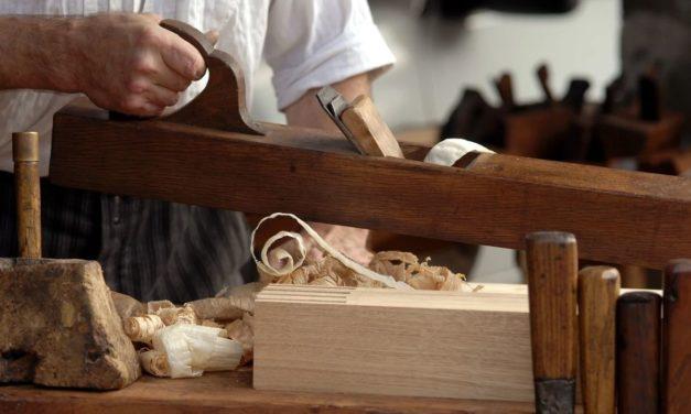 Personaggi Alessandrini: Pietro Chiara, la raffinata lavorazione del legno