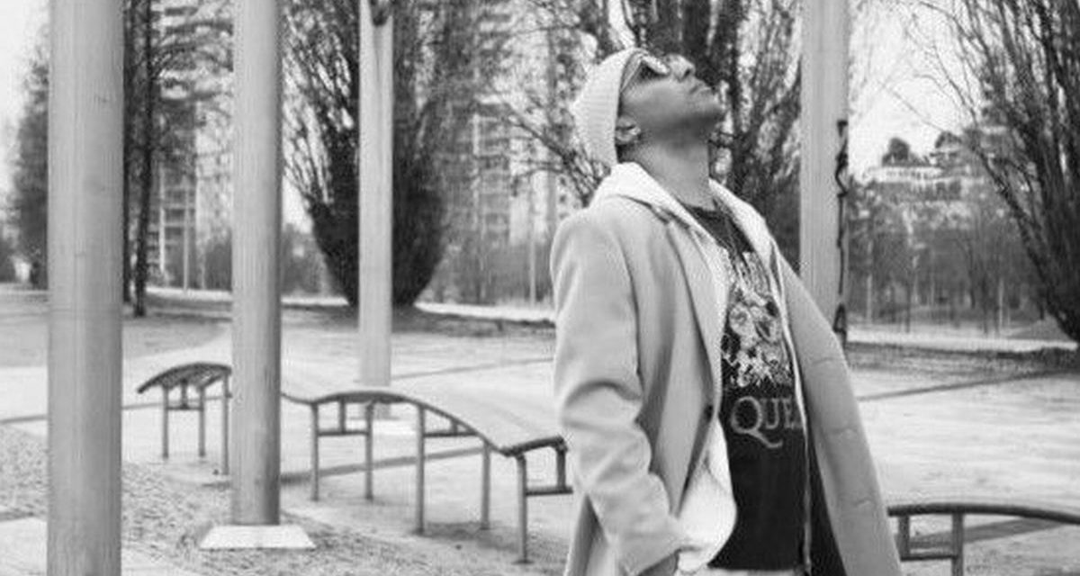 Oggi Musica: il rapper FRE e l'istinto a guida della sua libertà esperienziale nella musica e nella vita