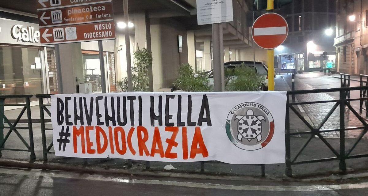 """A Tortona la protesta di CasaPound: """"Italiani abbandonati a sé stessi nella pandemia"""""""