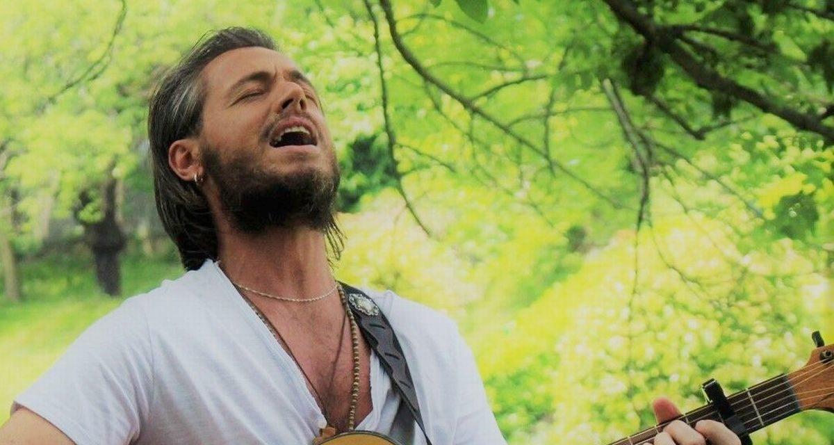 """Oggi Musica: """"Siamo poesia"""" è il nuovo singolo del cantautore Biagio Botti"""