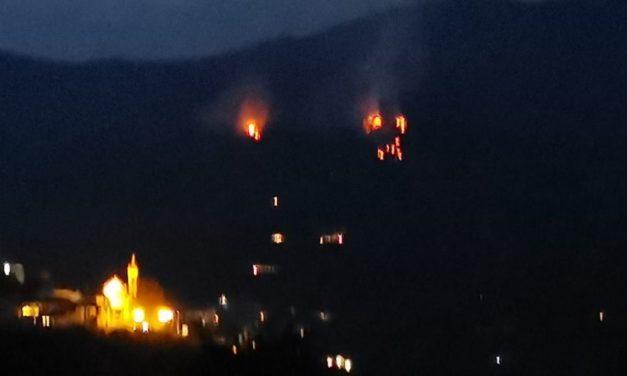 Vasto incendio nel Golfo Dianese: brucia un bosco a Diano Arentino